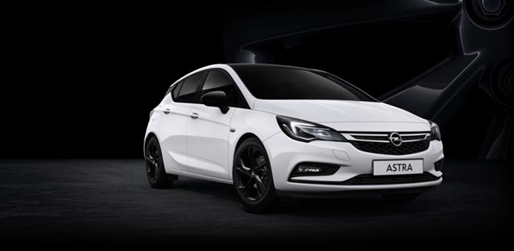 Opel Astra Black Edition